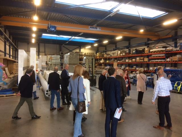 Gemeenteraadsleden bezoeken toonaangevende Langedijker bedrijven